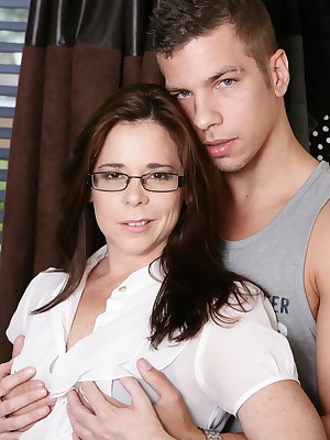 Lucky Mature Pusy 38