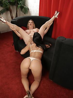 Girl Gluck Aged lesbian video cock