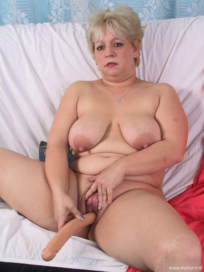 Mature porno pict naked clip