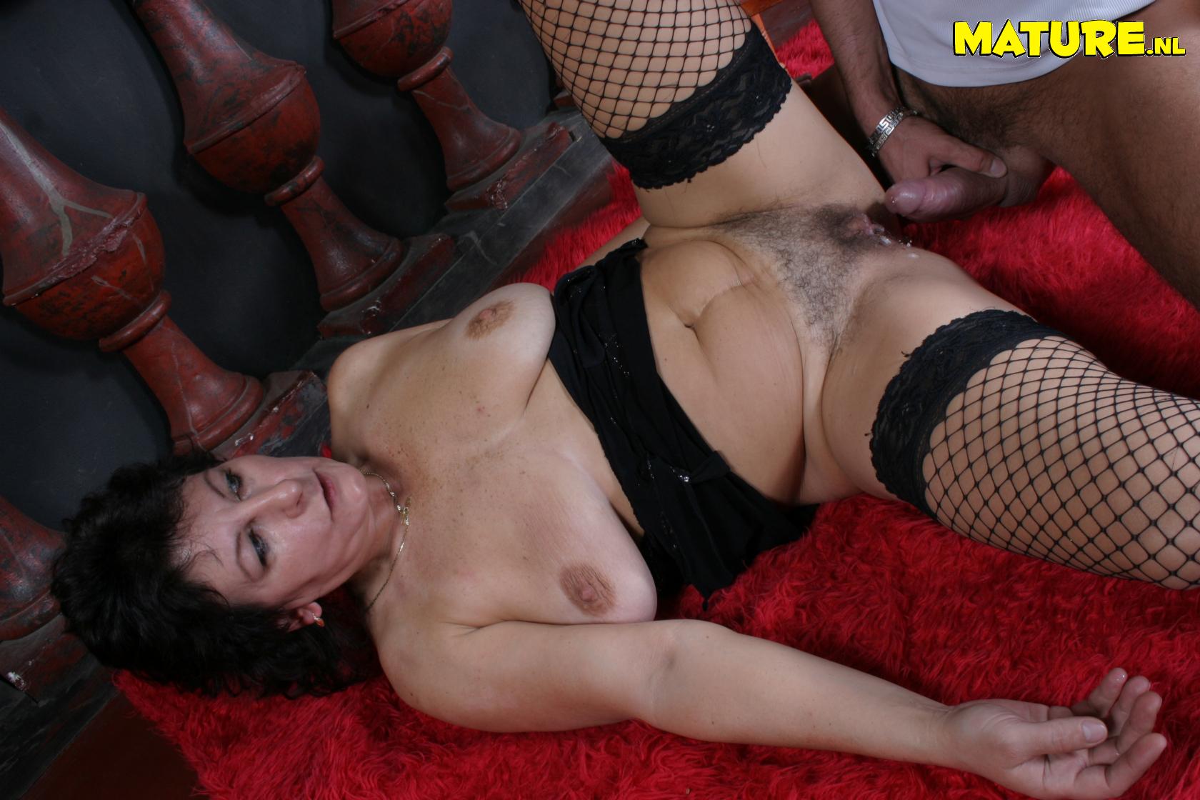 Секс с толстыми красивыми тетями 18 фотография