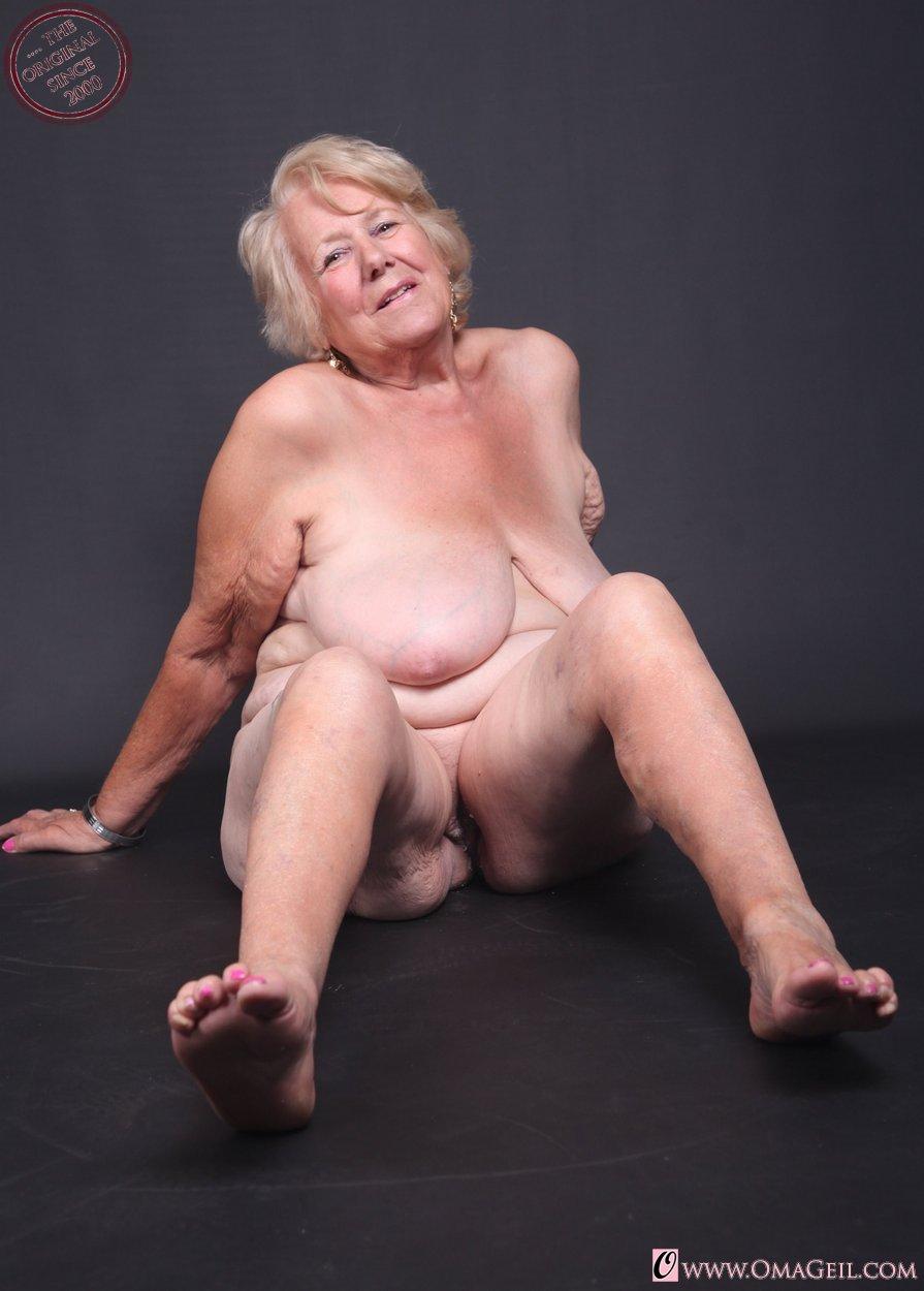 Hilarie clinton nude
