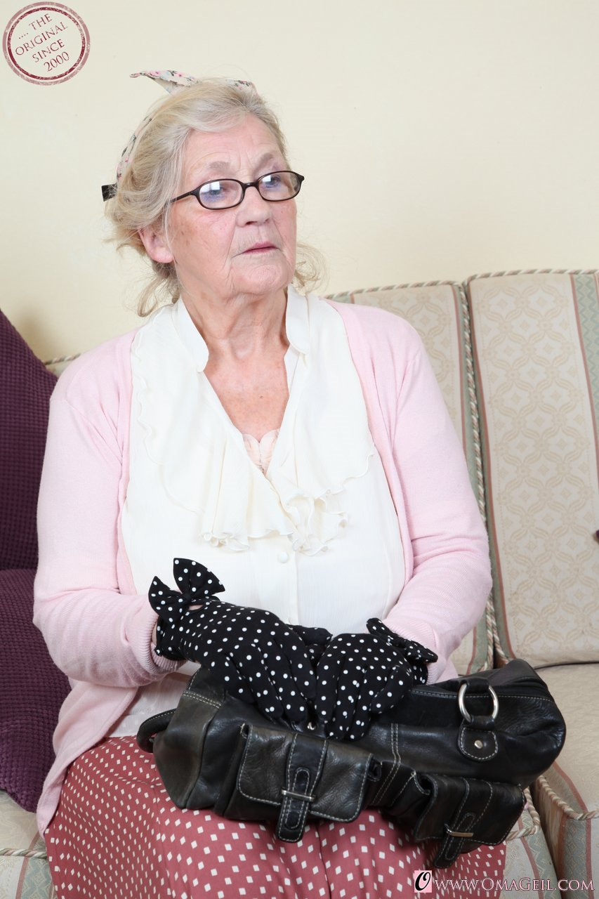 Mature Pussy Inclusive 12