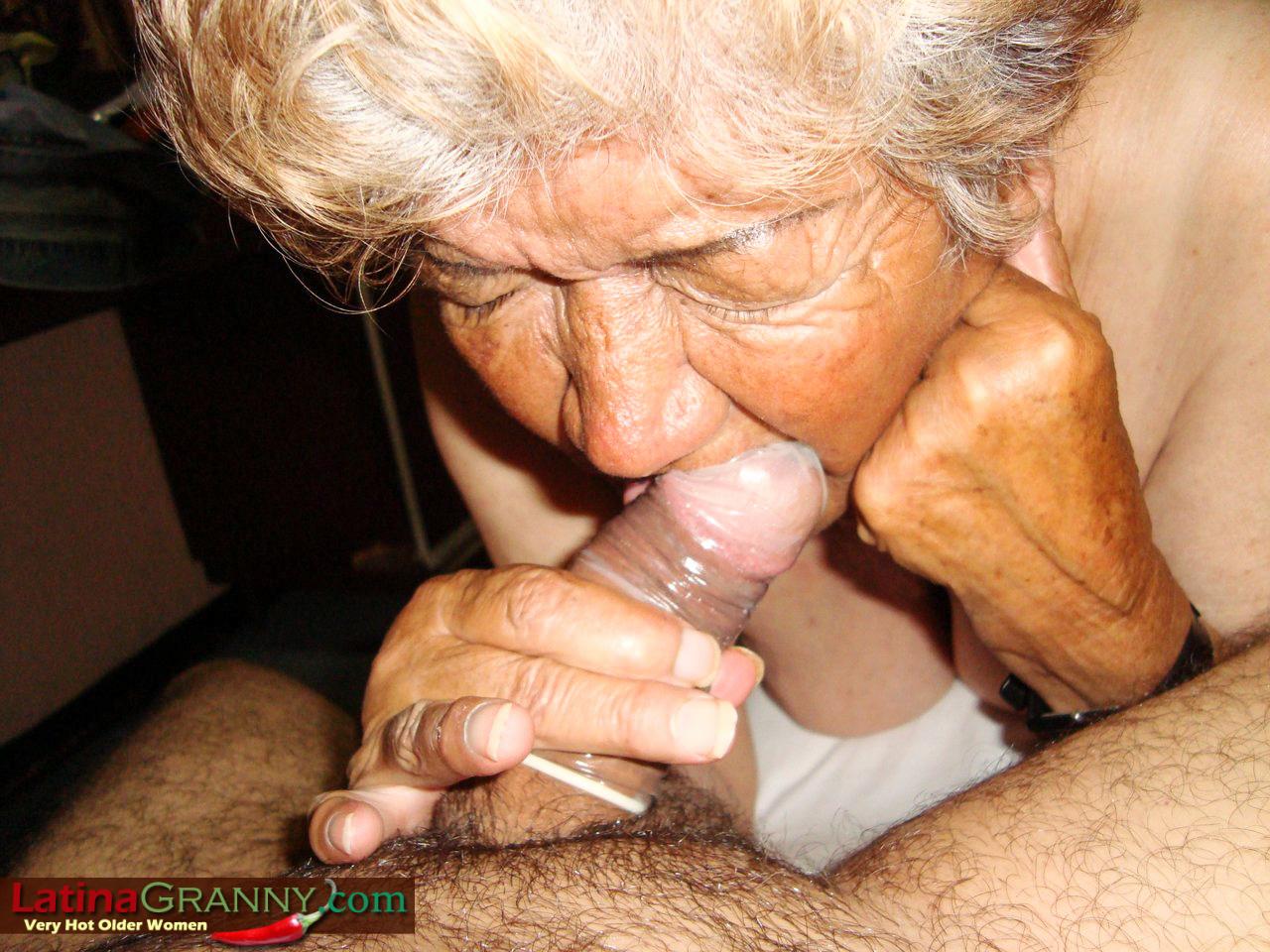 Порно подборка старух афтар