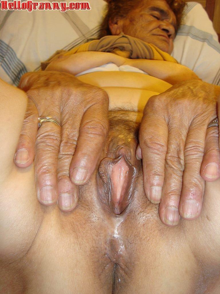 Mature pussy thumbnails