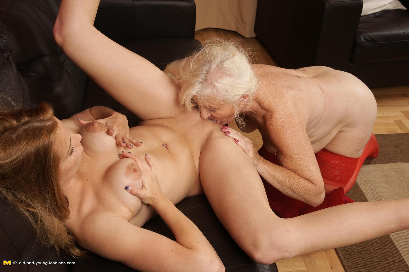 порно лесби старые с молодыми онлайн если близко находится