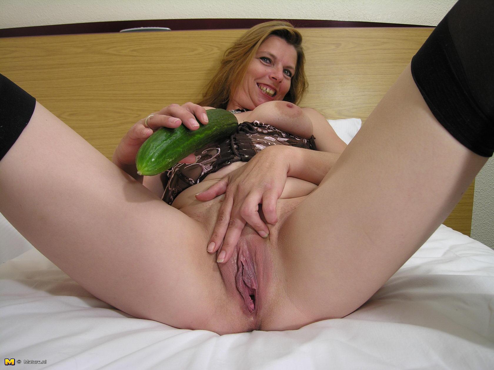 Пышные дамы на порнофотках 3 фотография